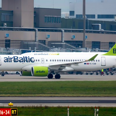 Air Baltic Flugzeug