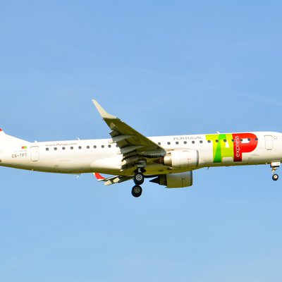 Maschine der TAP Air Portugal in der Luft