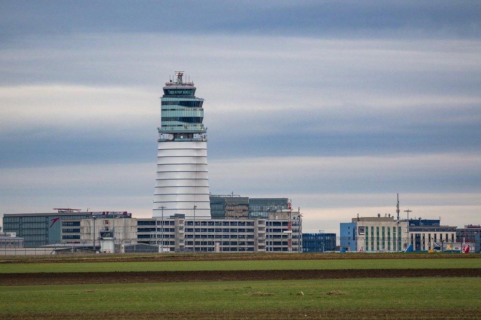 Einschränkungen Im Flugverkehr Auf Dem Flughafen Wien